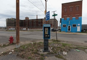 Portsmouth, Ohio, had 40,000 people in 1940. It had 20,316 people in 2014.