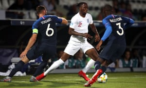 Aaron Wan-Bissaka in action for England Under-21s against France.