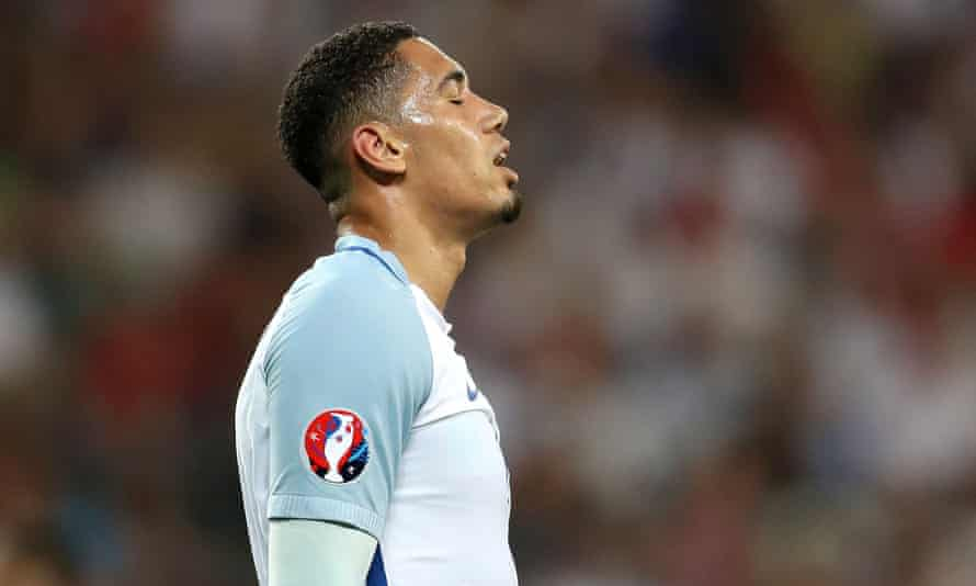 England's Chris Smalling looks dejected during the Round of 16 match against Iceland