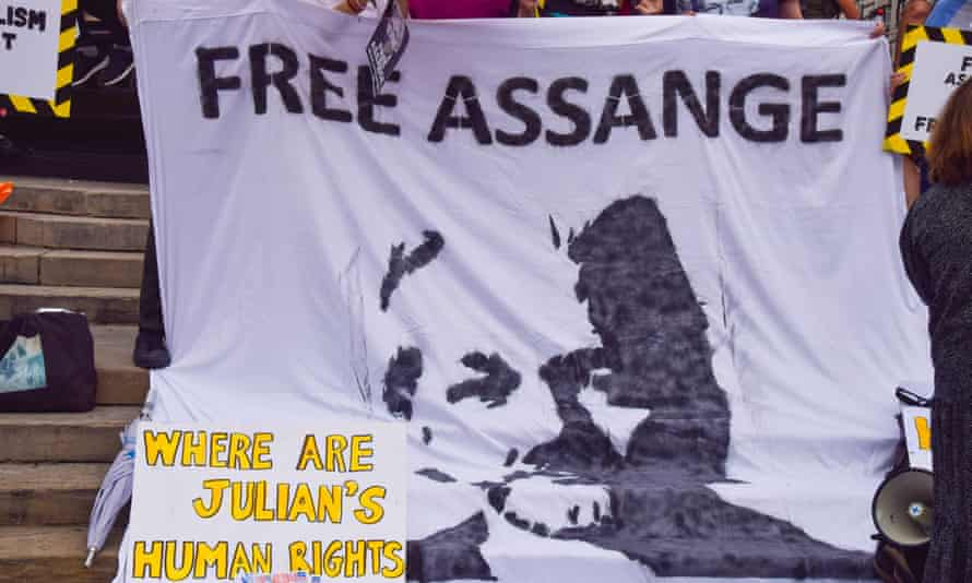 Pro-Julian Assange protesters at Piccadilly Circus