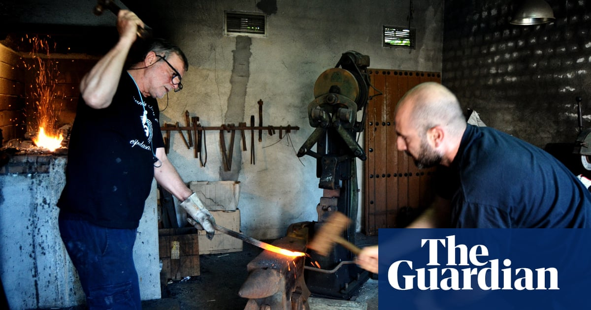 Toledo's last swordmakers refuse to give up on their ancient craft