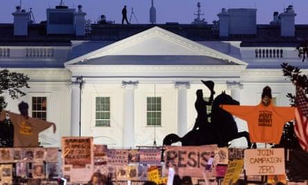 The White House at dusk on 03 November 2020.