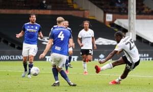 Josh Onomah fires in Fulham's late winner.