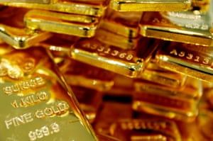 Gold price rise pushes precious metal miners higher