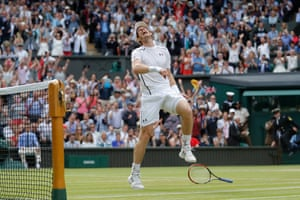 2016 Murray celebrates victory on matchpoint in the men's singles final against Milos Raonic.