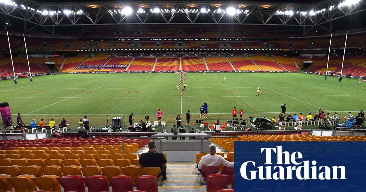 NRLs idea to return crowds to stadiums within weeks 'absurd and dangerous', says doctors' association