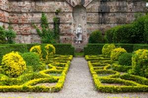 Italian garden, Villa Reale di Marlia, Lucca, Tuscany