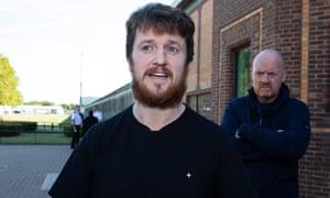 Tommy Robinson leaves Belmarsh Prison in London, England, 13 September, after serving 9 weeks inside for contempt of court.