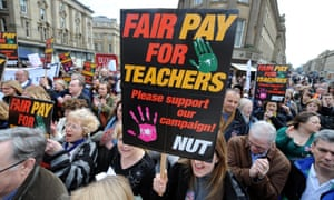 Teachers marching on a demonstration.