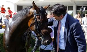 Hugo Palmer greets Gifted Master