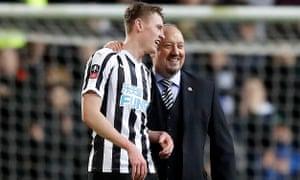 Newcastle boss Rafael Benitez congratulates Sean Longstaff at the end of the match.