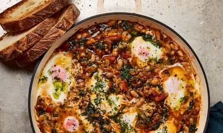From spicy beans to a fishy traybake: Yotam Ottolenghi's 30-minute recipes