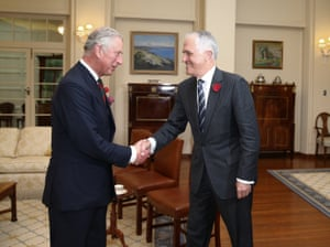 """His Royal Highnesses The Prince of Wales meets a man who, from 1993 to 2000, was the chairman of the <a href=""""https://en.wikipedia.org/wiki/Australian_Republican_Movement"""">Australian Republican Movement</a>. All smiles for the cameras, nevertheless."""