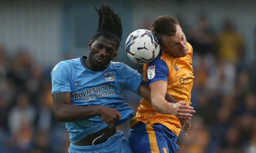 Rhys Oates in action for Mansfield in a friendly against Coventry