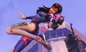 Overwatch, which helps players master special abilities, the use of maps and how to exploit enemy weaknesses.