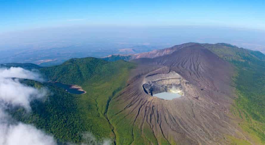 Rincon de la Vieja volcano, the highest point in Área de Conservación Guanacaste (ACG), home to cloud forests and a variety of wildlife.