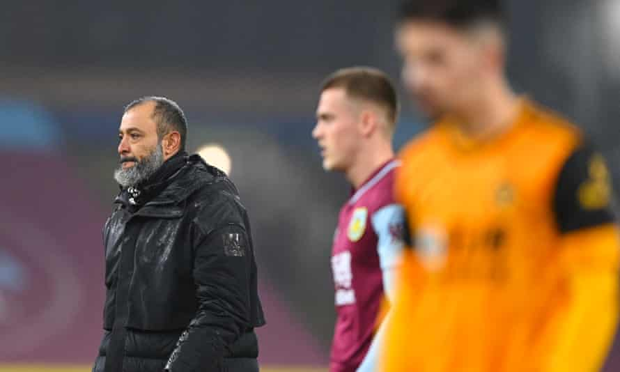 Nuno Espírito Santo said the match referee, Lee Mason, 'does not have the quality' to officiate in the top flight after Wolves' 2-1 defeat to Burnley.