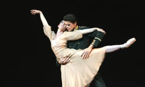 Soares with Mara Galeazzi in Winter Dreams from Carlos Acosta's evening performed with guest artists from the Royal Ballet at Sadler's Wells in 2006. Soares was promoted to principal that year, after joining the Royal Ballet as a first artist in 2002