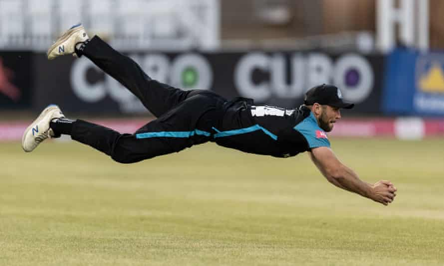 Ross Whiteley makes a great catch off Notts player Ricardo Vasconcelos.