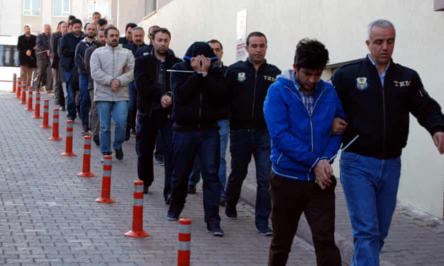 Suspects are rounded up for alleged links to anti-government groups in Turkey.