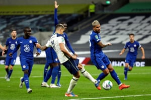 Erik Lamela taps in Tottenham's equaliser.