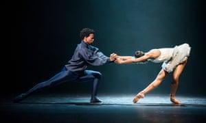 Mthuthuzeli November and Cira Robinson in Arthur Pita's Cristaux.