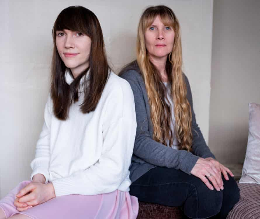 Hannah and her mother Terri at home