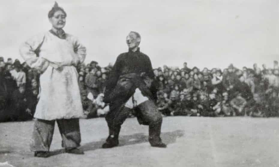 Angela Qian's grandmother, Shi Zhengwei, on the left, performing as part of the song and dance troupe in the People's Liberation Army.