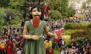 Royal de Luxe's giant marionette of a girl in St James's Park, London, in 2006.