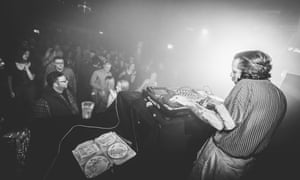 Fiftysomething Andrew Weatherall DJing.