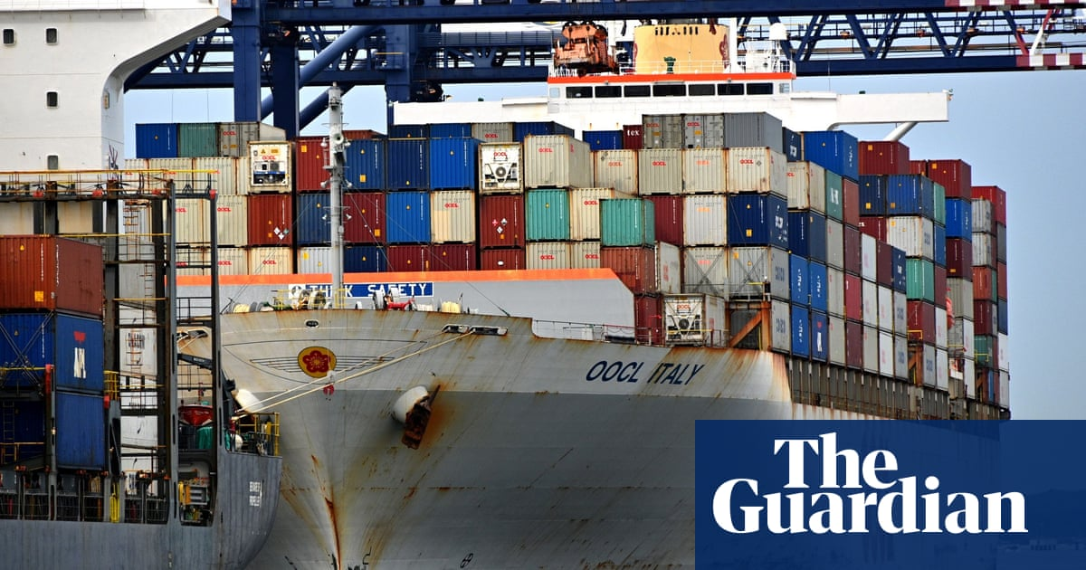 Maritime union offers deal to end Port Botany wharf industrial action before tribunal hearing – The Guardian