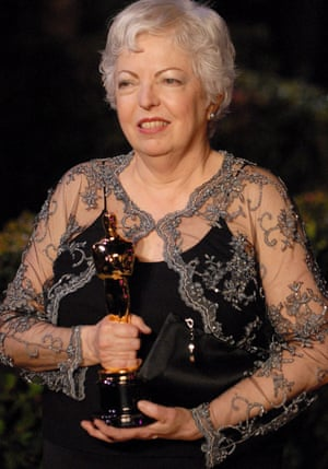 Thelma Schoonmaker with her Oscar, in 2007.
