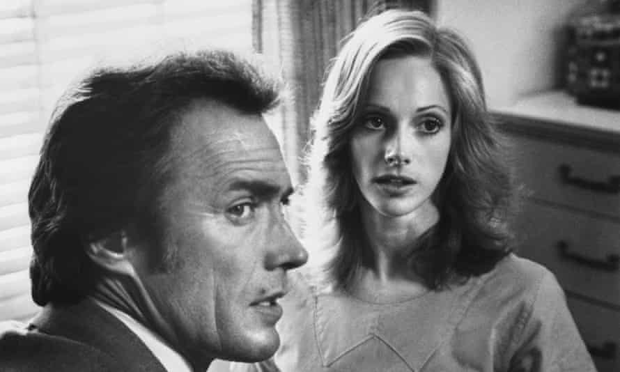 Sondra Locke with Clint Eastwood in The Gauntlet (1977). She played a prostitute being escorted by police to testify in a mafia trial.
