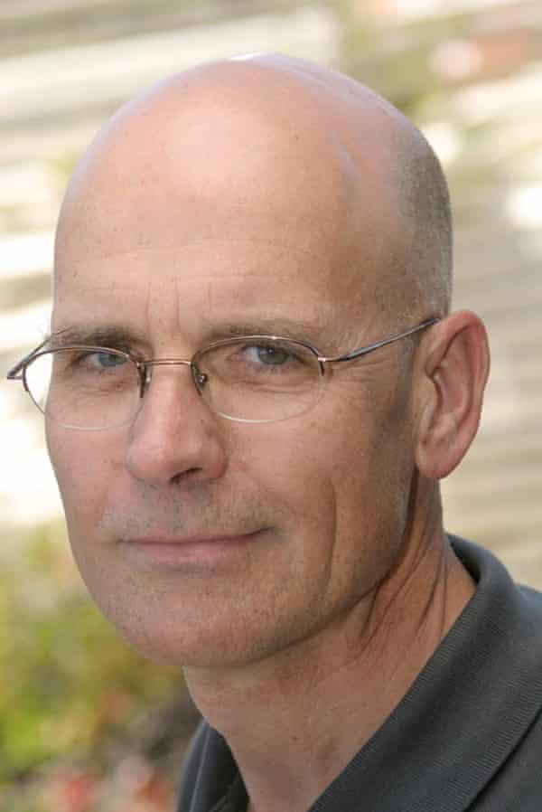 Author an academic Clive Hamilton.
