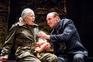 Vanessa Redgrave as Queen Margaret and Ralph Fiennes as Richard in Shakespeare's Richard lll at the Almeida theatre in 2016. Directed by Rupert Goold.