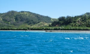 A view of the channel dug into the reef at Malolo island by Freesoul.
