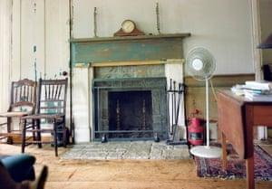 30. Living room