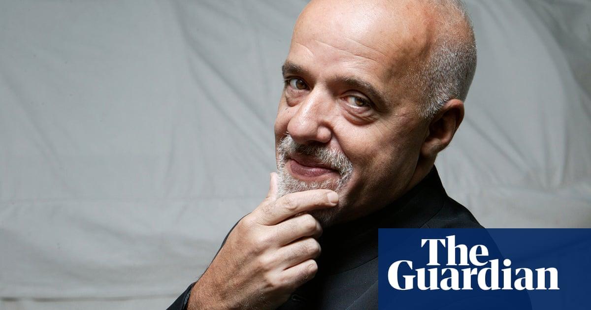 Turkish translation of Paulo Coelho 'removed mention of Kurdistan'