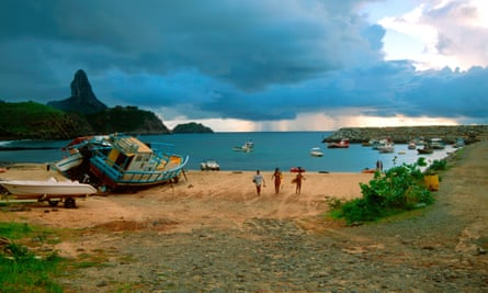 Tiny Fernando de Noronha doesn't authorize births because there is no maternity ward