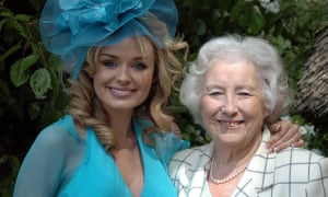 Katherine Jenkins with 'forces' sweetheart' Dame Vera Lynn, now aged 103, in 2005