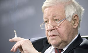 Helmut Schmidt – and cigarette – in 2012