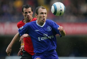 Arjen Robben in action on his Chelsea debut against Blackburn in 2004.