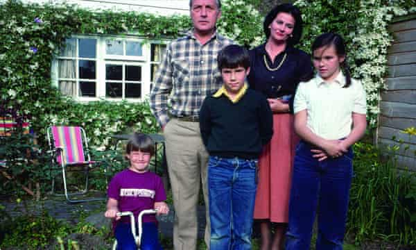 Buxton (centre) with his parents and siblings, circa 1981.