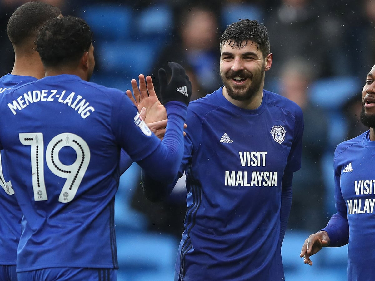 fuegos artificiales Te mejorarás Brote  Cardiff 3-1 Burton, Norwich 0-2 Fulham: Football League – as it happened |  Football | The Guardian
