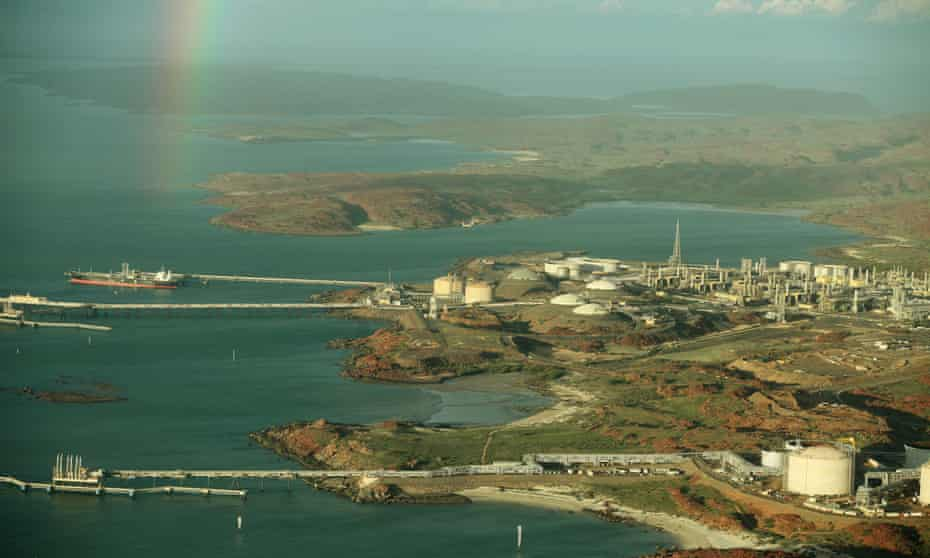 Part of the LNG projects in the north of Western Australia. Woodside's Scarborough to Pluto LNG development is on the cusp of being approved without a full environmental impact assessment from state or federal authorities, according to a new report.