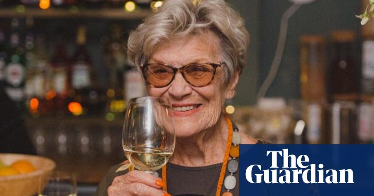 Joan Le Mesurier obituary