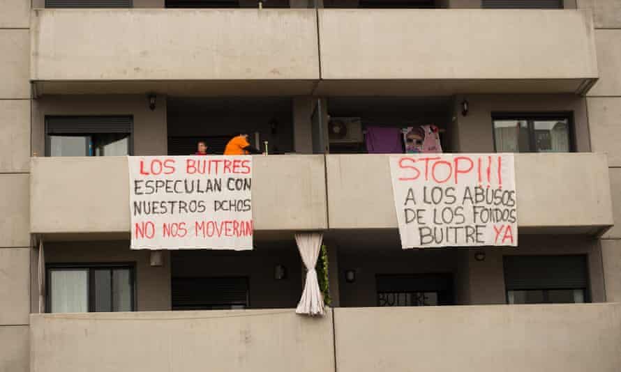 Protest banners at the housing block