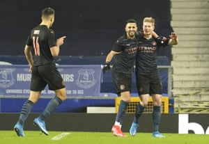 Manchester City's Kevin De Bruyne, right, celebrates after scoring his side's second goal.