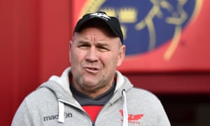 Wayne Pivac signed a new contract with Scarlets in October but the New Zealander has been sounded out for the Wales head coach position after the 2019 World Cup.