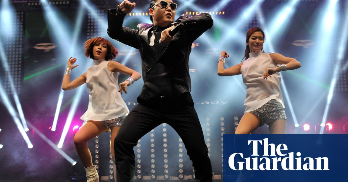 6906131bf76d Pyongyang Style  South Korea wants pop star Psy to play in the North ...